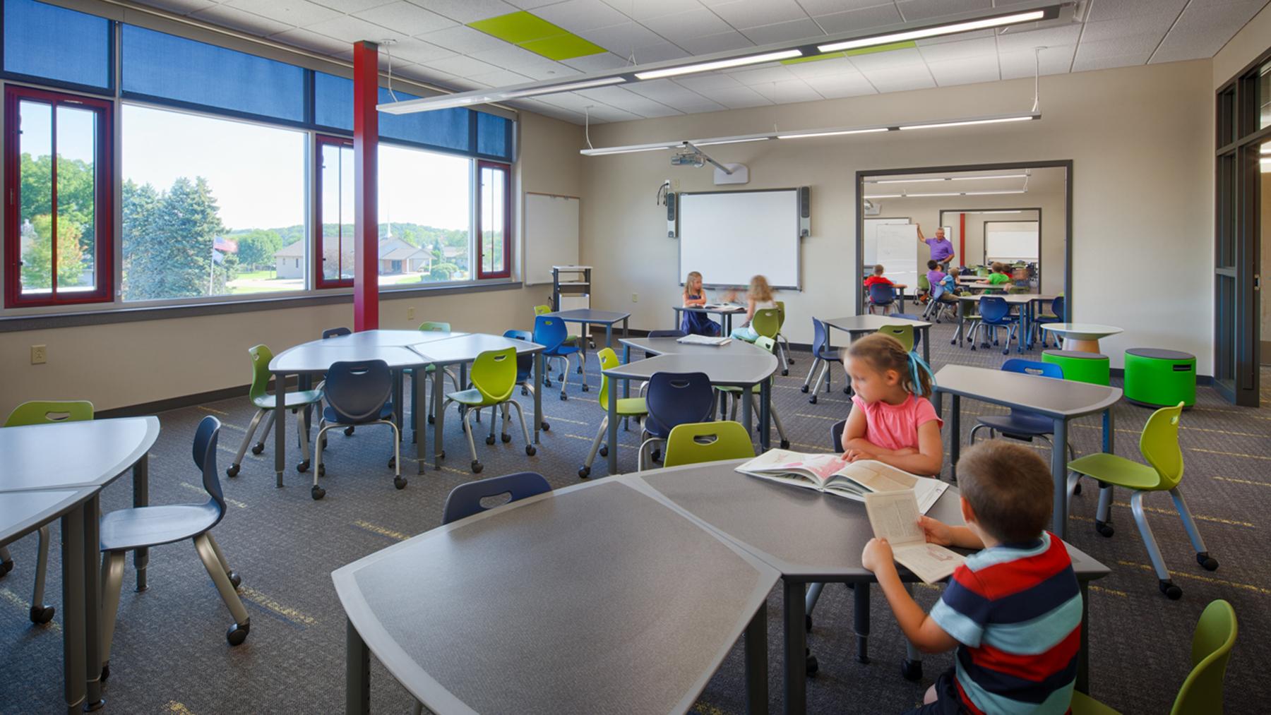 Lake-Mills-Elementary_Classroom_Kids__1800x1013